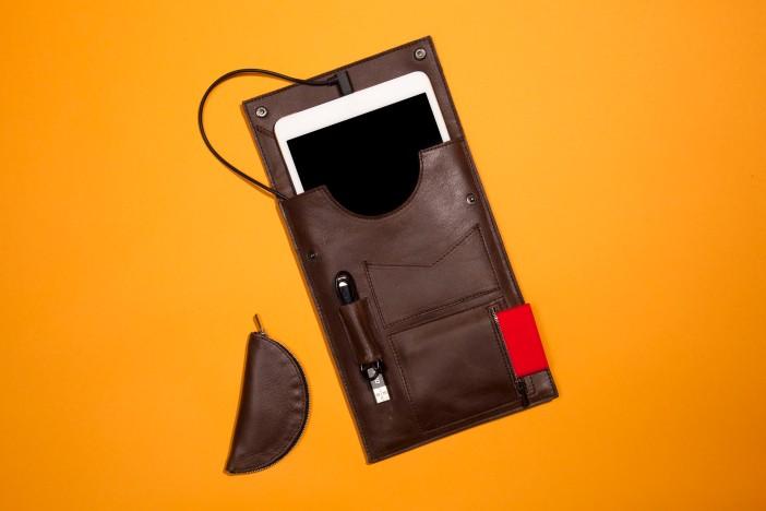 iPad Mini Cargito Case on Wired
